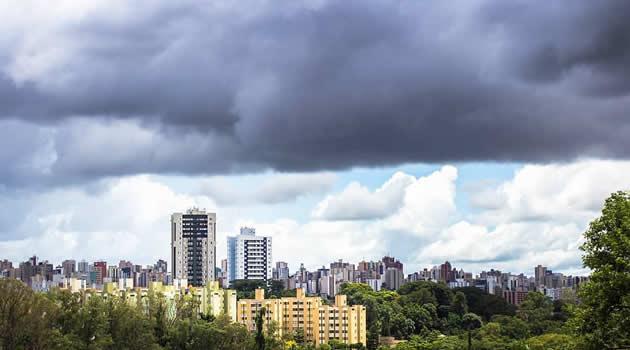 Chuva Londrina cidade com tempo chuvoso